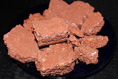 Multicolor clay from Earthy Goodies and is a earthy and crumbly multi color clay